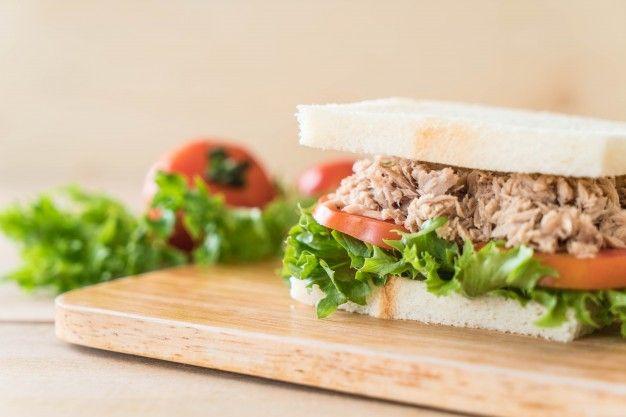 Sandwich ca ngu