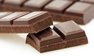 thuc pham tang hieu suat the thao: chocolate den