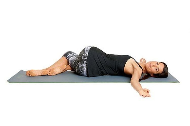 spinaltwist yoga