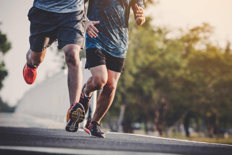 tap gym cho runner - co tu dau dui